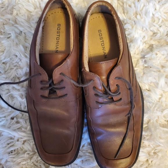 Worn once medium brown dress shoe